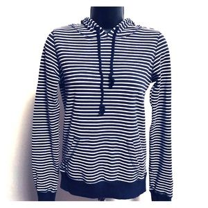 Forever 21 women's hoodie sz S/P with stripes